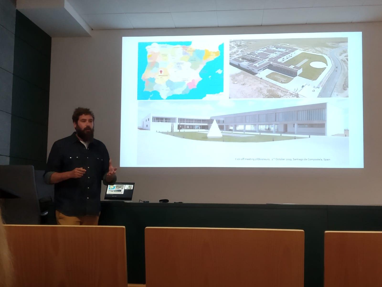 Charla del proyecto 2IQBIONEURO en el CCMIJU
