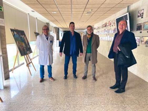 El Dr. Sánchez Margallo y la delegación de la Fundación Gaspar Casal